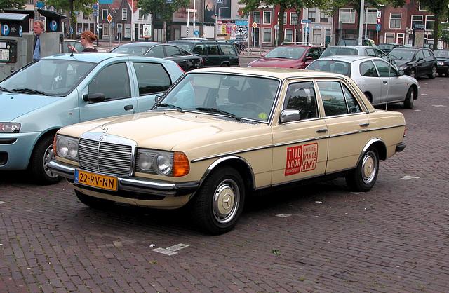 Merc spotting: 1978 Mercedes-Benz 200