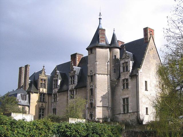 Palais épiscopal d'Evreux (Musée municipal)