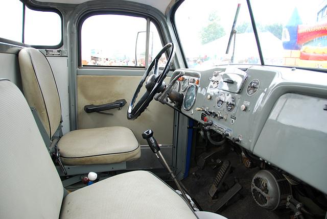 Industrie motorendag 2008: 1968 Volvo N86 truck