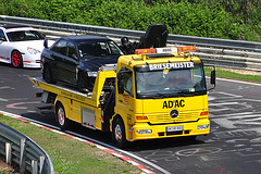 Nordschleife weekend – Some cars are driven around