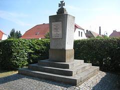Denkmal Weltkriege Neuhof bei Jüterbog/2
