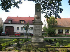 Denkmal Weltkriege - Glienick/2