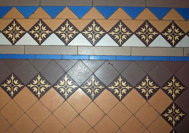 Tile floor in entry hall
