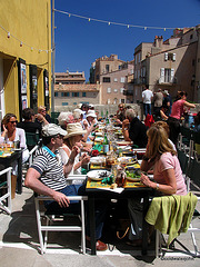 Street Dining in St Tropez