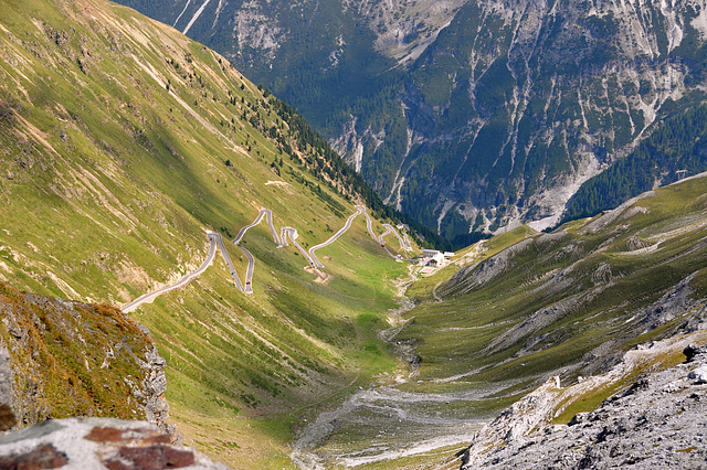 Holiday 2009 – View of the Stelvio Pass