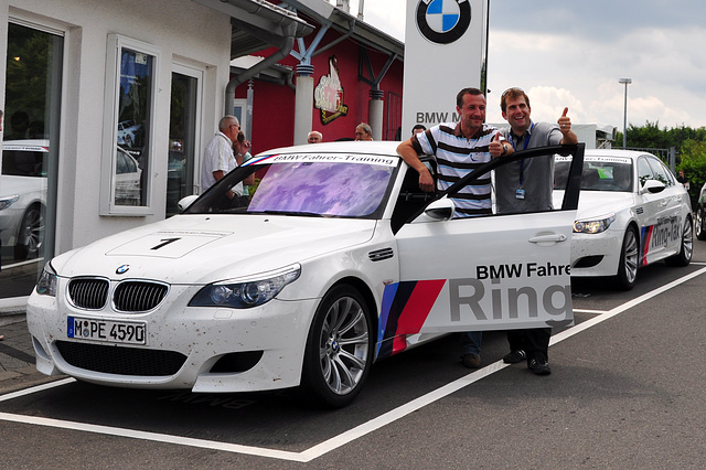 Nordschleife weekend – A picture for a round in the Ring-Taxi