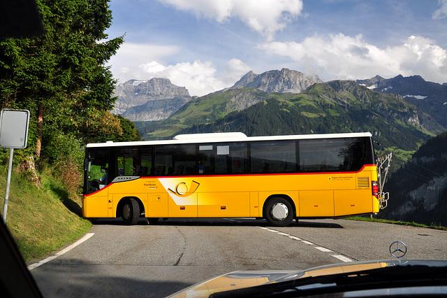 Holiday 2009 – Postauto turning on the Klausen Pass, Switzerland