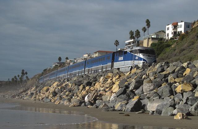 San Clemente Amtrak Pacific Surfliner (3758)