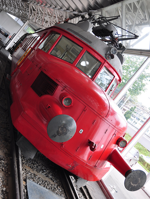 Holiday 2009 – 1936 Electric railcar RCe 2/4 nr. 203 Red Arrow