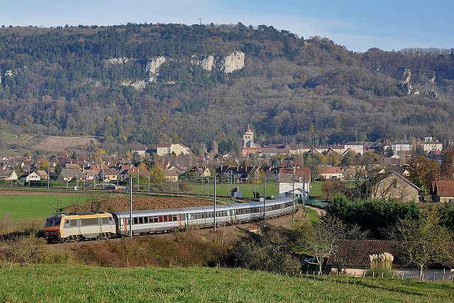 Train Corail à Poligny