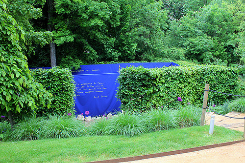 B-Jardin 2-Sentiment bleu 2