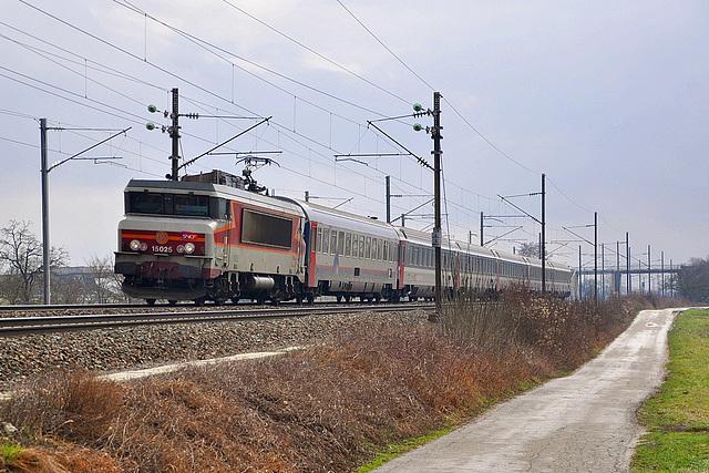 Eurocity et 15000 Arzens