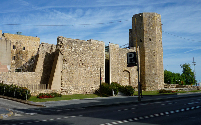Muralleta i la Torre de les Monges