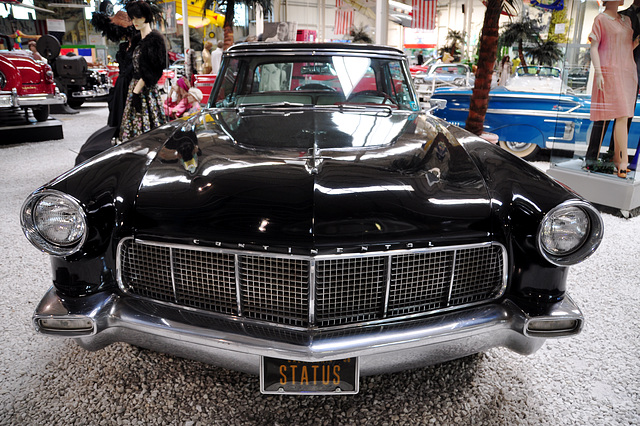 Holiday 2009 – 1956 Lincoln Continental mk II
