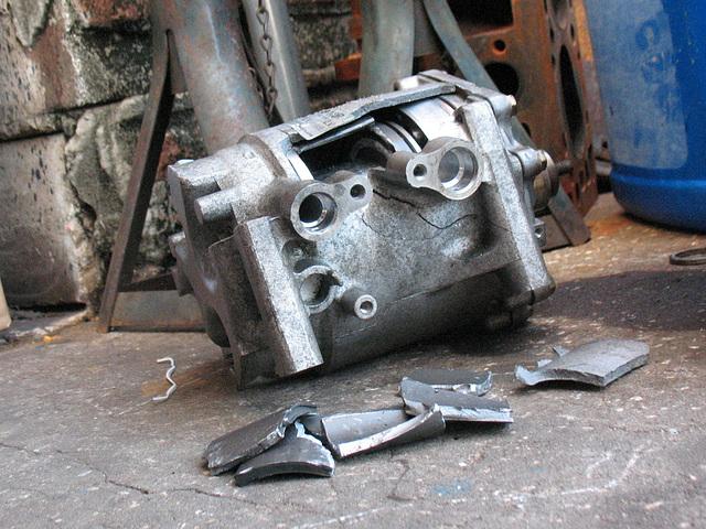 Honda CR-V (2004)Compressor replaced June 25, 2009