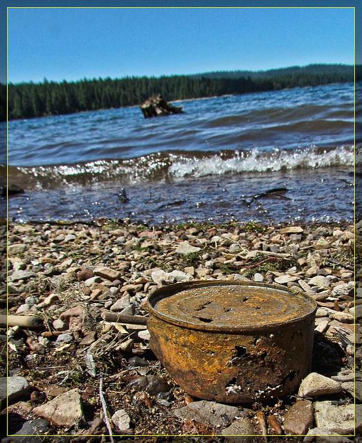 Rusty Can on Howard Prairie Lake