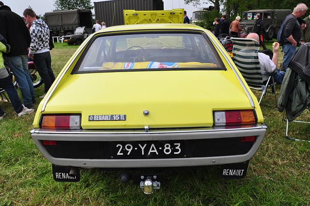 Oldtimershow Hoornsterzwaag – 1973 Renault 15 TL