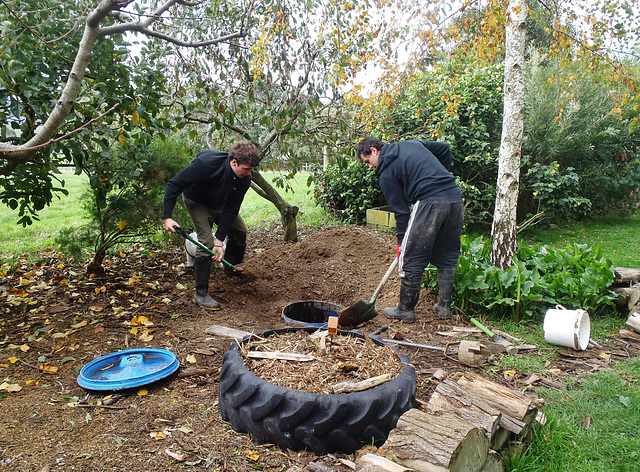 Johannes & Gautier making the new Death Pit