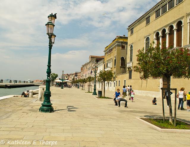 Venice - Fondamenta Zattere Al Ponte Lungo -  060114-036