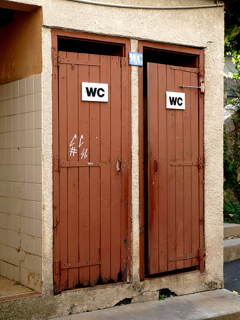 Souillac- Public Conveniences