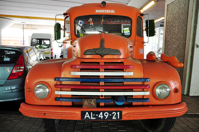 1954 Ford G39T