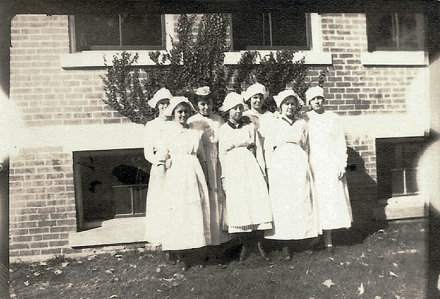 Nurses In the Sunlight