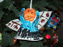 Kid-made ornaments are so sweet