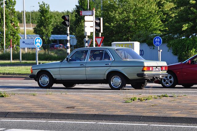 1976 Mercedes-Benz 300 D