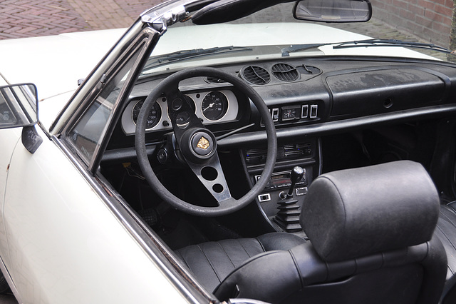 Interior of a 1975 Peugeot 504 cabriolet