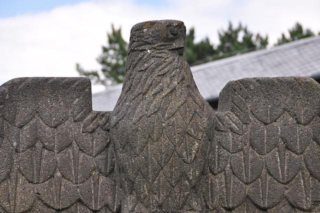 Vogelsang IP – Damaged eagle