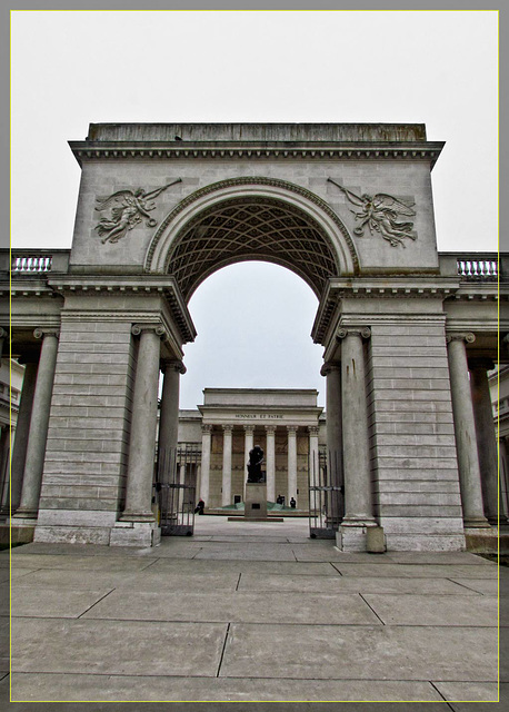 Entrance to Legion of Honor