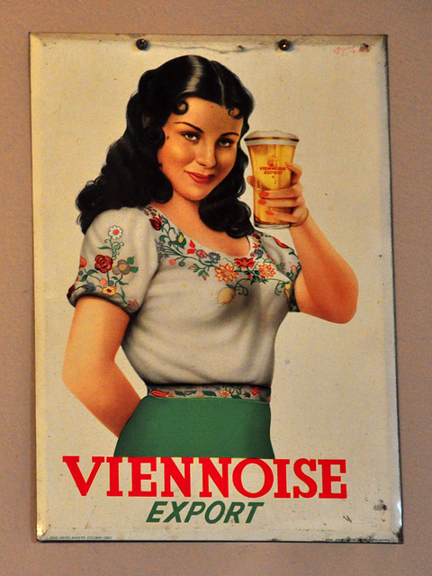 Old advertisement of Viennoise beer