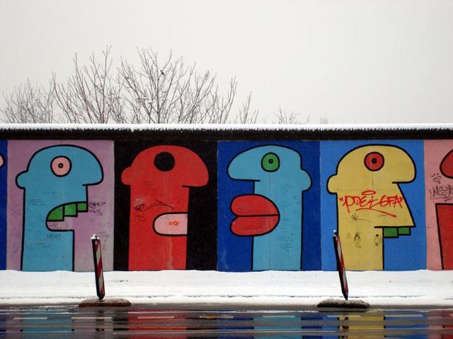 Berlin East Wall Gallery 14