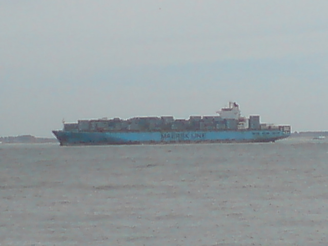 Maersk Line distant