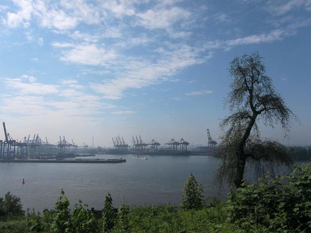 Hamburg Hafen gesehen von der Elbchaussee