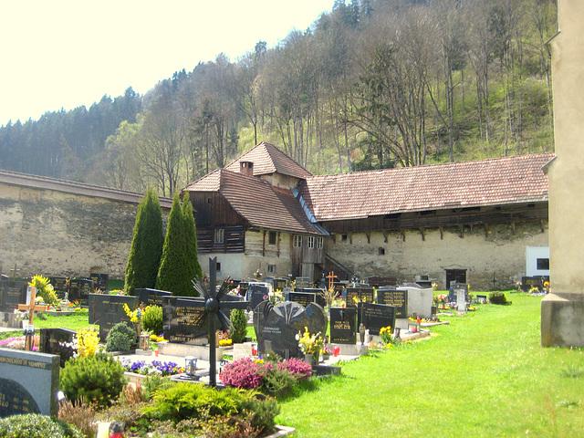 Stift Griffen, Friedhof
