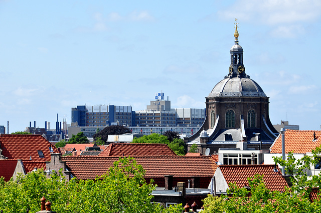 View of the Marekerk and the Leiden University Medical Centre