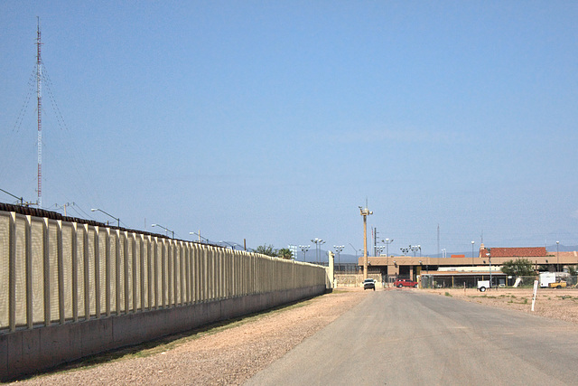 Border Fence & Douglas Port Of Entry
