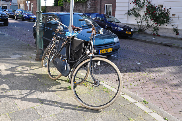 Old Juncker bicycle