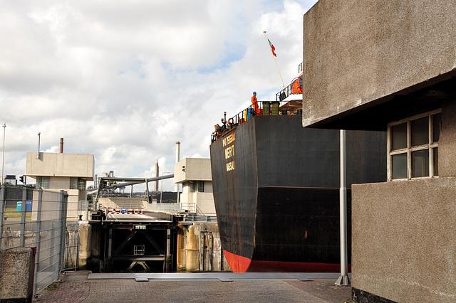 The Merit of Nassau in the sea locks at IJmuiden