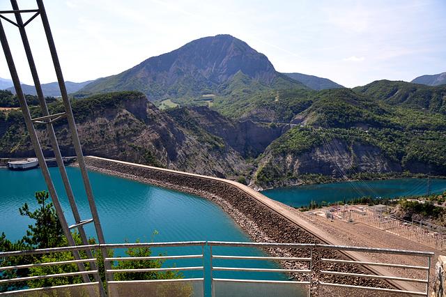 Holiday 2009 – The dam of the Serre-Ponçon lake