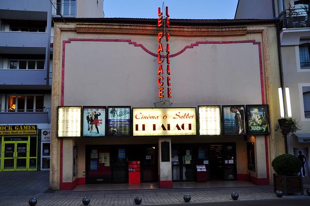 Holiday 2009 – Cinema Le Palace in Gap, France