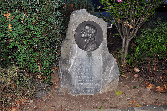 Holiday 2009 – Monument for colonel Emile Bonnet