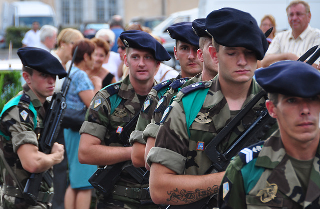 Holiday 2009 – French soldiers of the Chasseurs Alpins regiment on remembrance duty