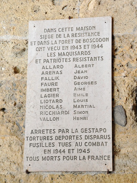 Holiday 2009 – Remembrance sign of victims of the Second World War in Boscodon Abbey