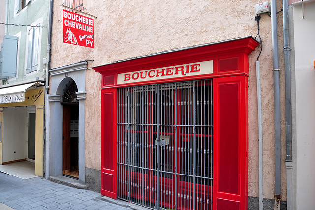 Holiday 2009 – Horse butcher in Gap, France