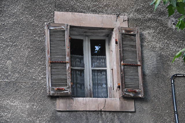 Holiday 2009 – Window in Gap, France