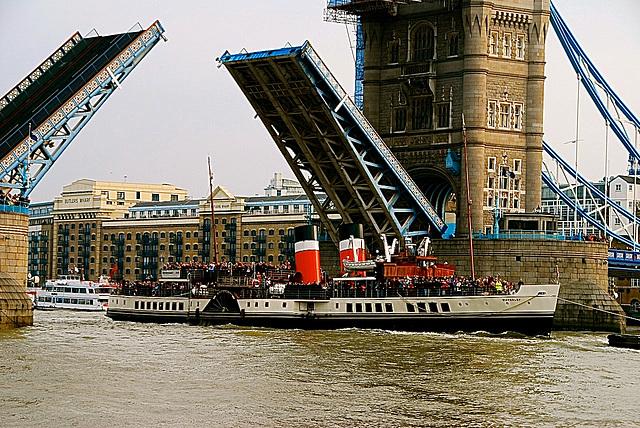 WAVERLEY, Tower Bridge
