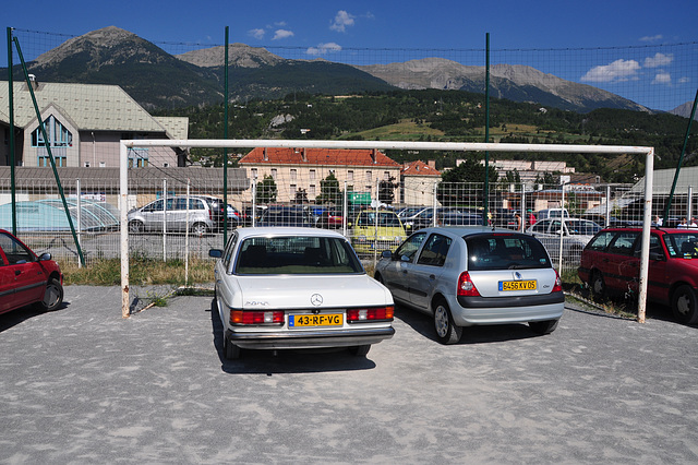 Holiday 2009 – Merc in the goal