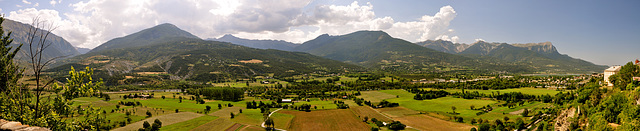 Holiday 2009 – View across the valley from Embrun, France